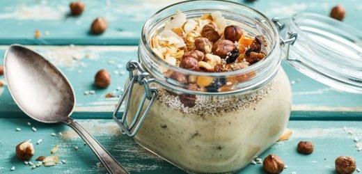 Amaranth-Frühstück – mit Trockenfrüchten und Nüssen